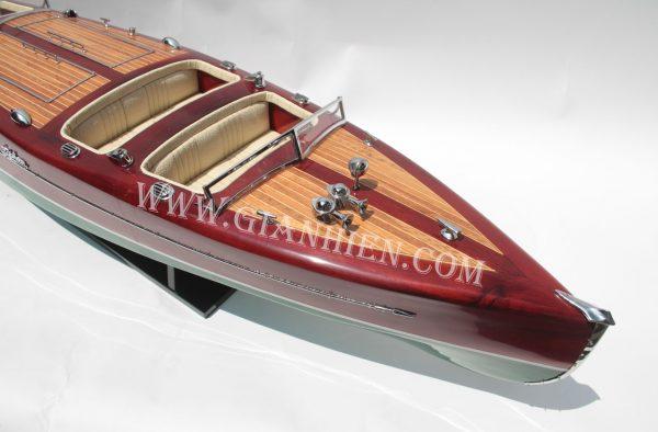 Mô Hình Thuyền Buồm Phong Thủy TYPHOON 3