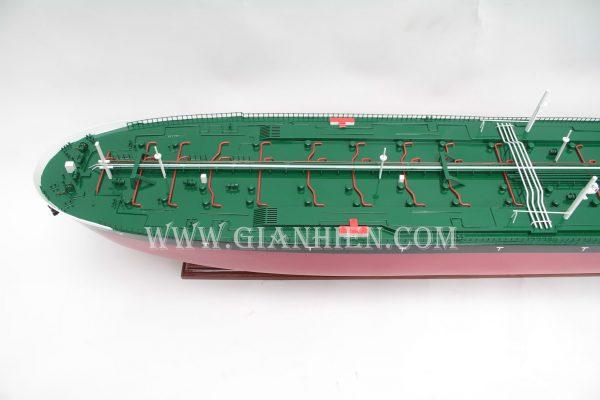 mo-hinh-thuyen-go-luu-niem-seawise-giant-3