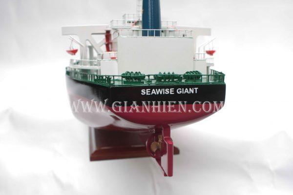 mo-hinh-thuyen-go-luu-niem-seawise-giant-5